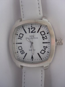 New Collection XL Horloge wit